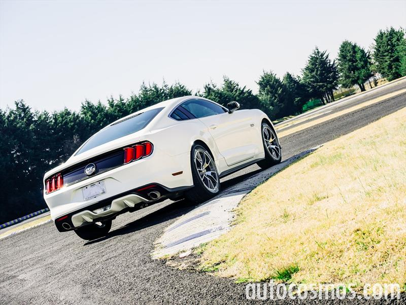Ford Mustang 2015 Blanco Test de Ford Mustang 2015