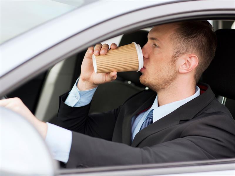 App regala café a los conductores que no usan sus teléfonos mientras manejan