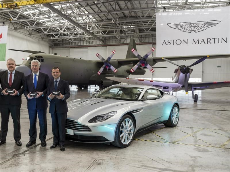 Aston Martin muestra su mejor cepa