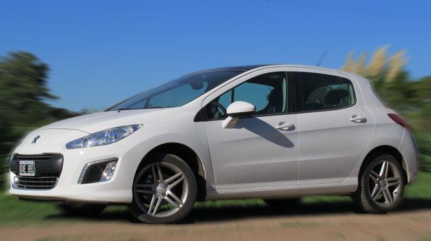 Peugeot 308 te lleva a Roland Garros
