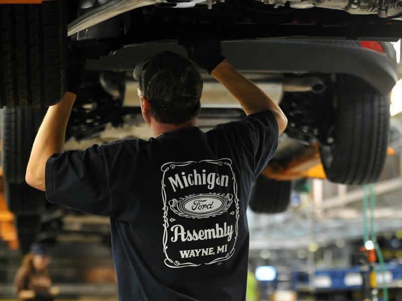 Ford invierte $1,200 millones de dólares en sus plantas de EE.UU.