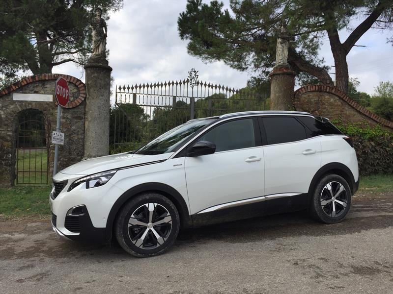 Peugeot 3008 2017, primera impresión desde Italia