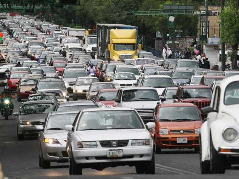 """Habrá """"Hoy No Circula"""" para automóviles nuevos en 2014"""