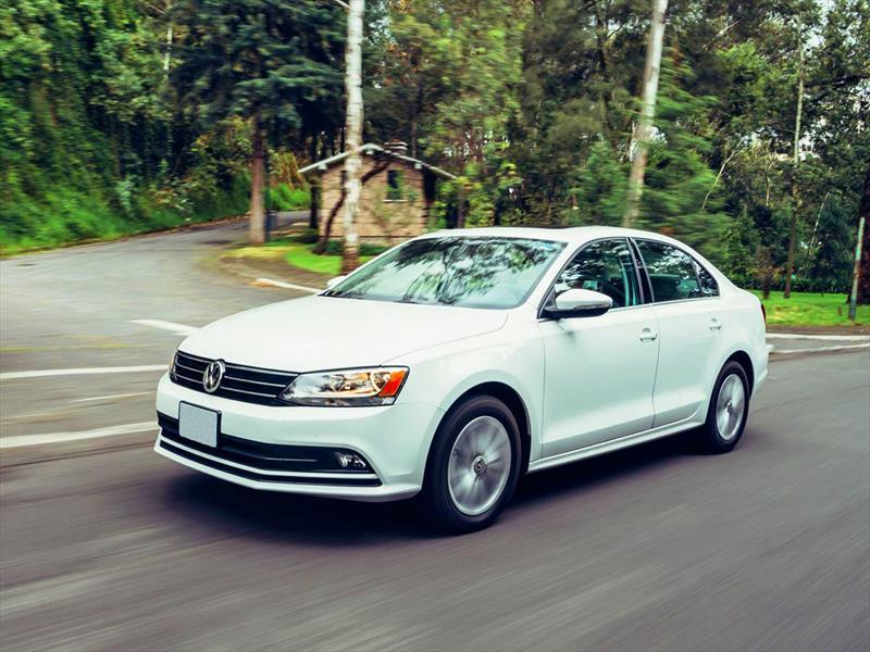 Nuevo Volkswagen Bora 2015 ya está en Chile - Autocosmos.com