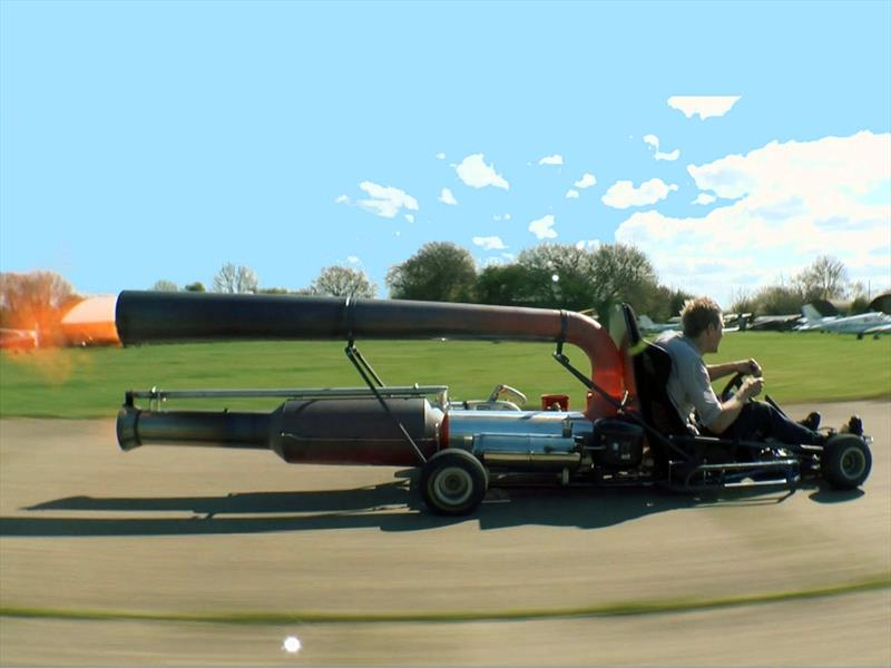 ¿Un kart con motor de jet?