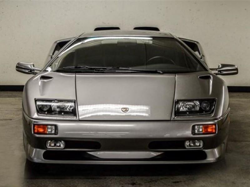 A la venta un Lamborghini Diablo SV 1999 con una milla en el odómetro
