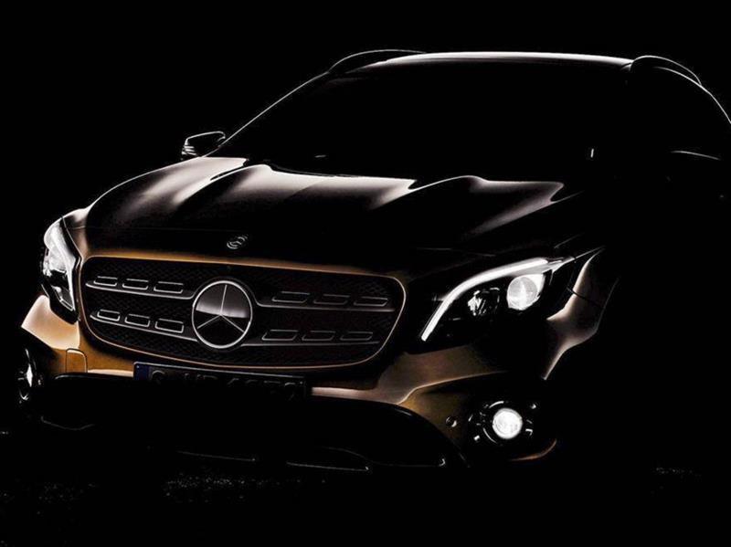 Mercedes-Benz GLA 2017: cambios minúsculos