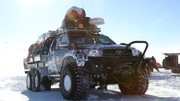 Toyota Hilux rompe el récord del viaje más largo realizado en la Antártida