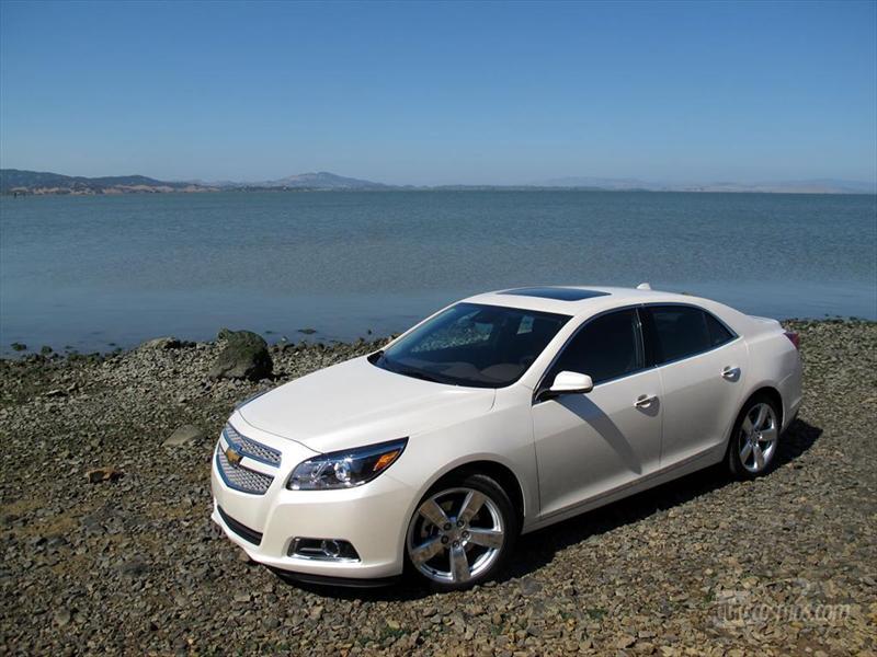 Chevrolet malibu ltz 2 0 turbo 2013 lo manejamos en san for Malibu precio