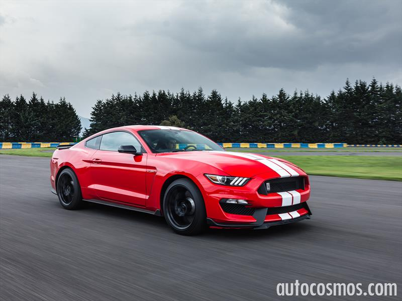 Ford Shelby Mustang GT350 2016 a prueba