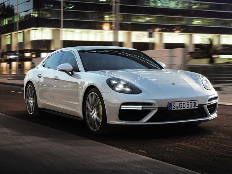 Porsche Panamera Turbo S E-Hybrid 2018, poderoso y eficiente