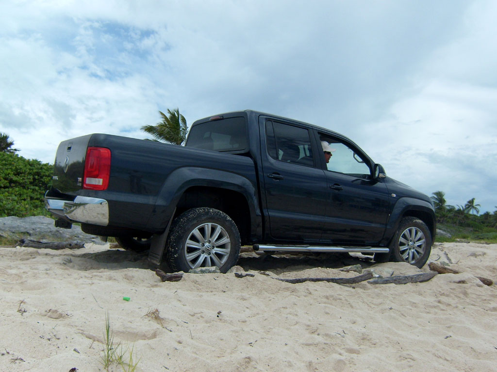 Amarok 2018 Precio Mexico >> Volkswagen Amarok 2011 desde 319,000 pesos - Autocosmos.com