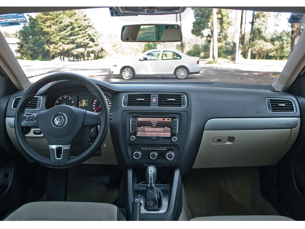 volkswagen nuevo jetta 2011 a prueba autocosmos com Audi R8 Interior Silver Audi R8