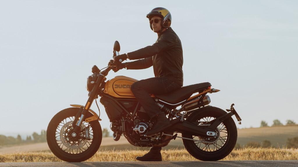 Ducati Scrambler 1100 Tribute Pro y Urban Motard