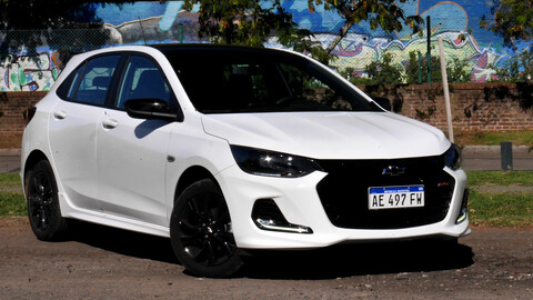 Test Chevrolet Onix RS 1.0T manual