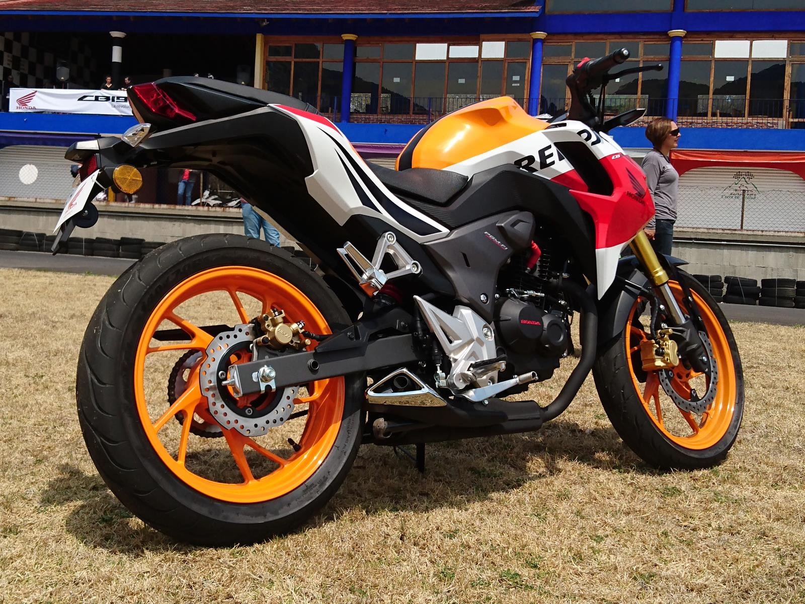 Honda CB190R 2016 llega a México desde $46,900 pesos ...