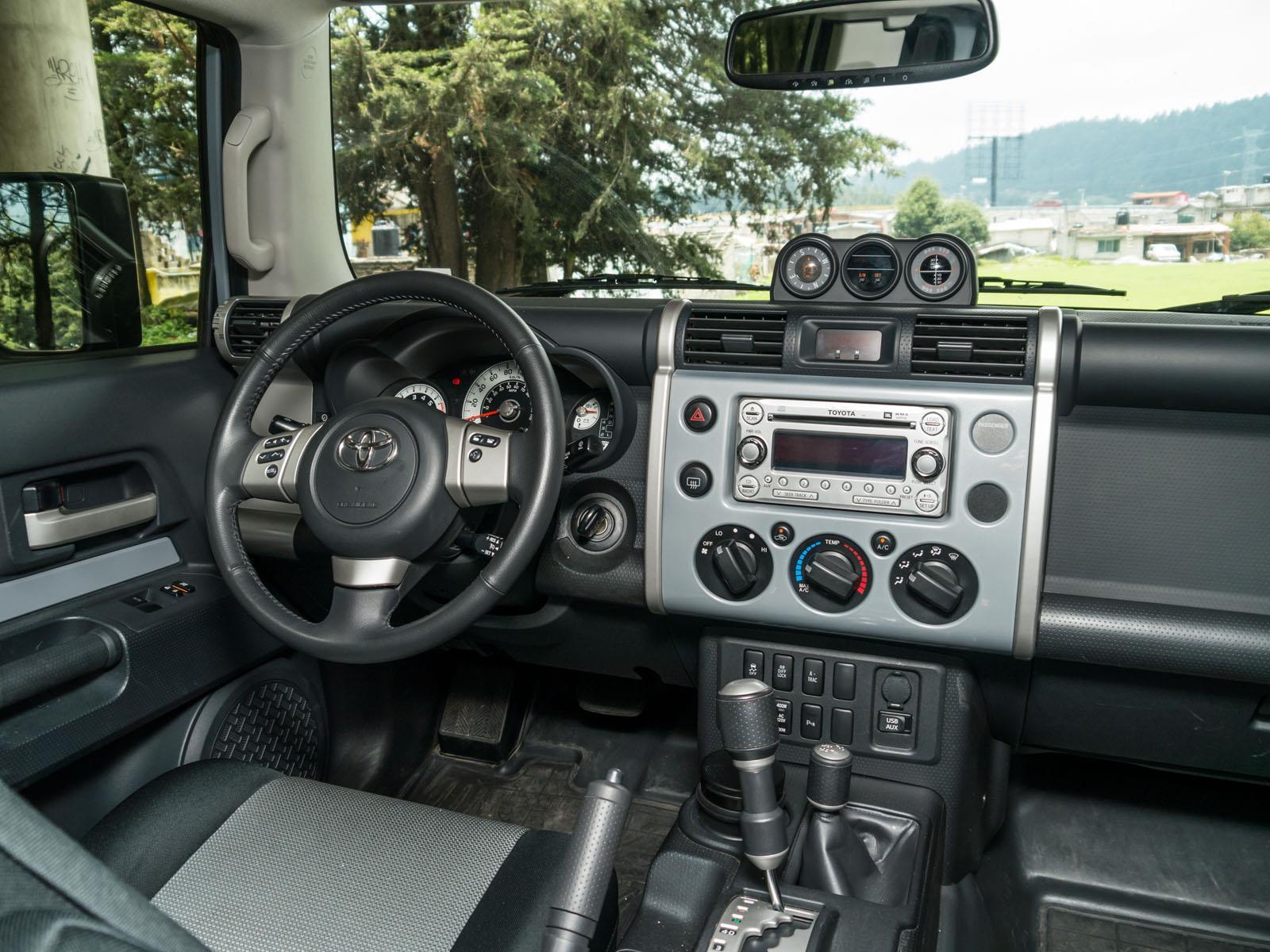 Toyota Fj Cruiser 2014 A Prueba Autocosmos Com