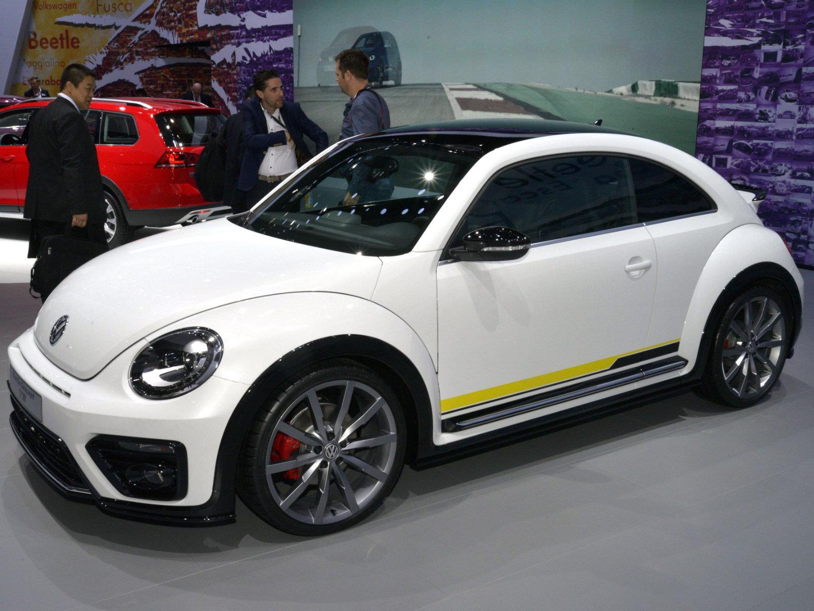 auto show de nueva york 2015 volkswagen beetle r line concept se presenta noticias. Black Bedroom Furniture Sets. Home Design Ideas
