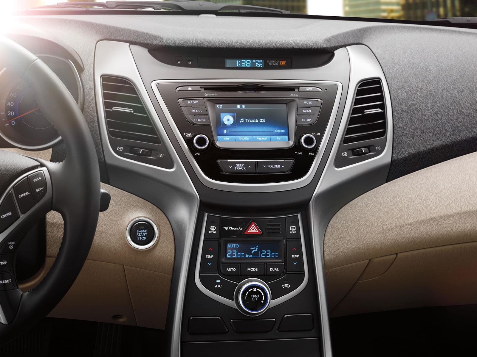Hyundai Elantra 2015 a prueba - Autocosmos.com