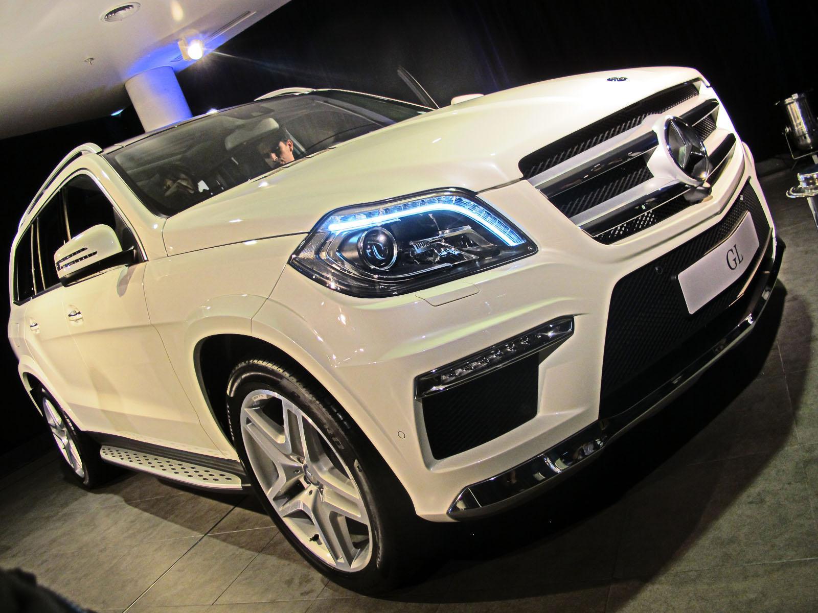 Mercedes benz lanza la colosal gl 500 4matic for Mercedes benz alexandria la