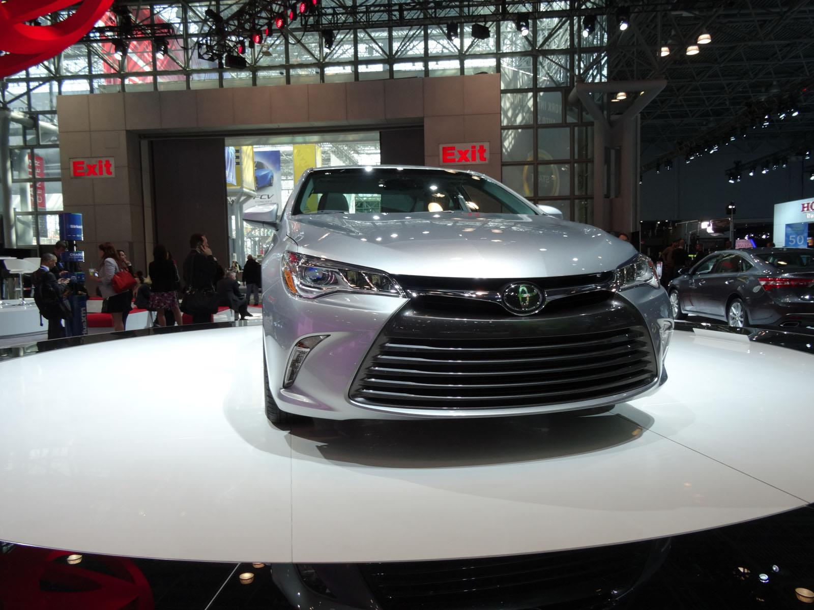 Sal n de new york 2014 toyota camry 2015 se presenta for 24 hour tanning salon nyc