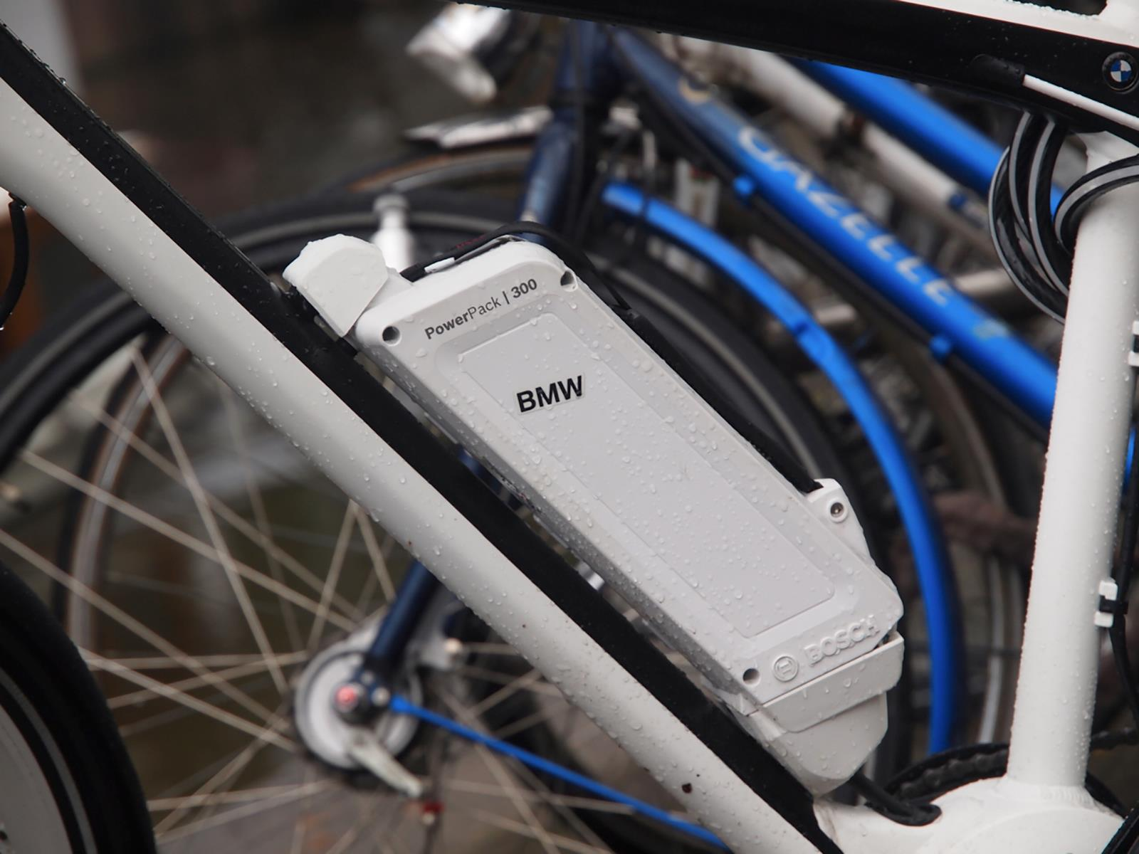 la nueva bmw cruise e bike 2014. Black Bedroom Furniture Sets. Home Design Ideas