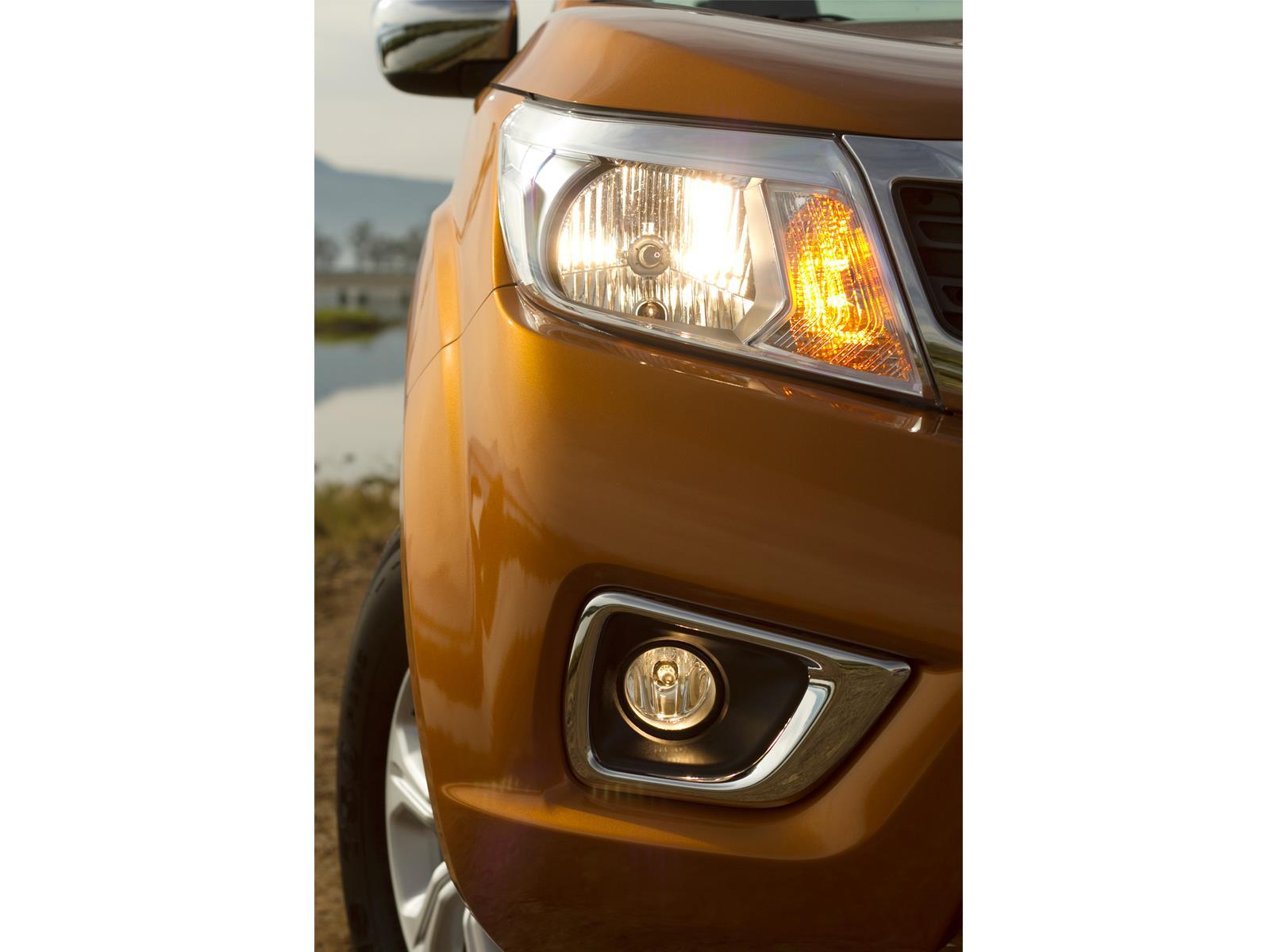 Nissan Np300 Frontier 2016 Autocosmos Com