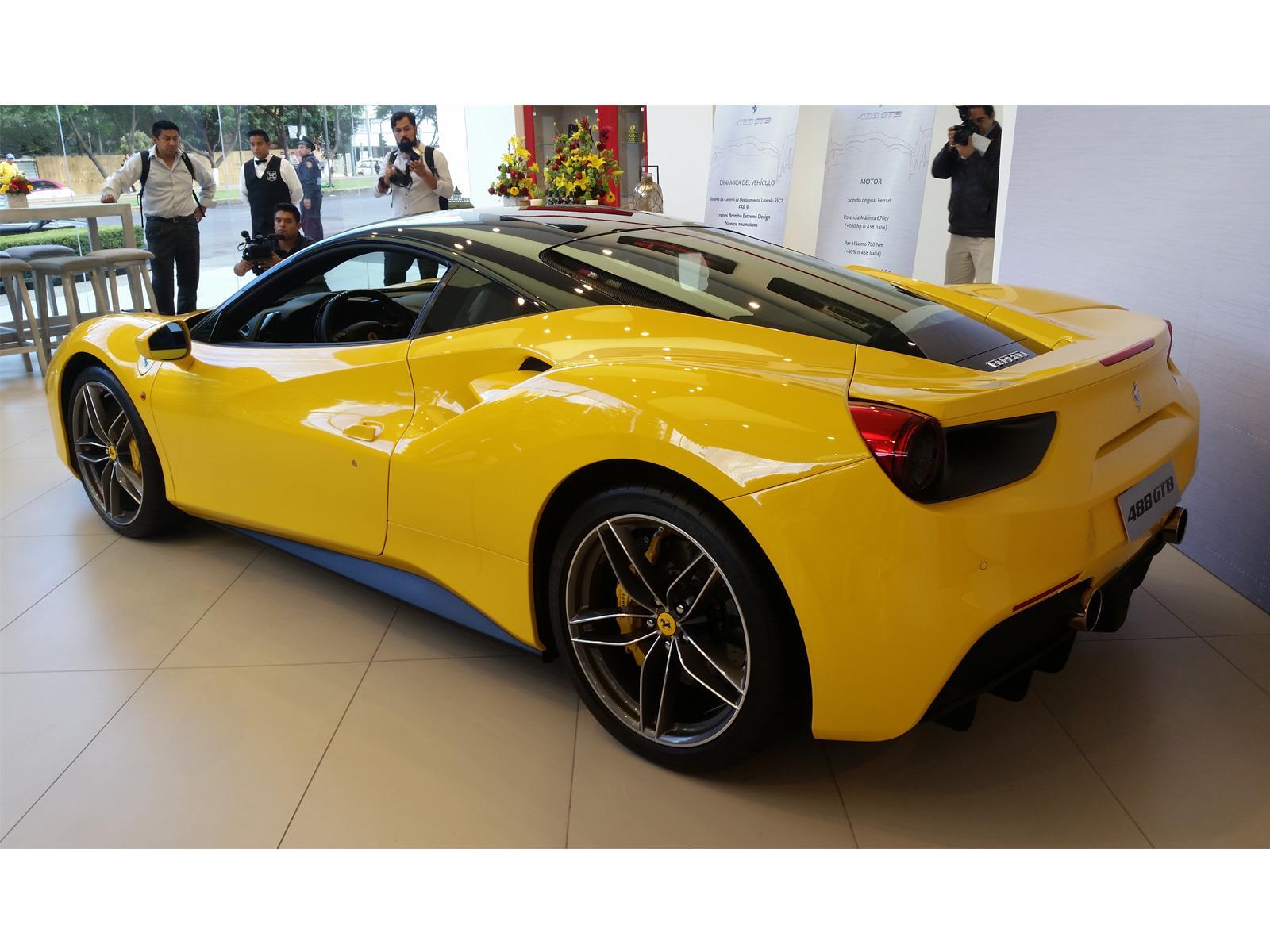 Ferrari 488 Gtb 2016 Autocosmos Com