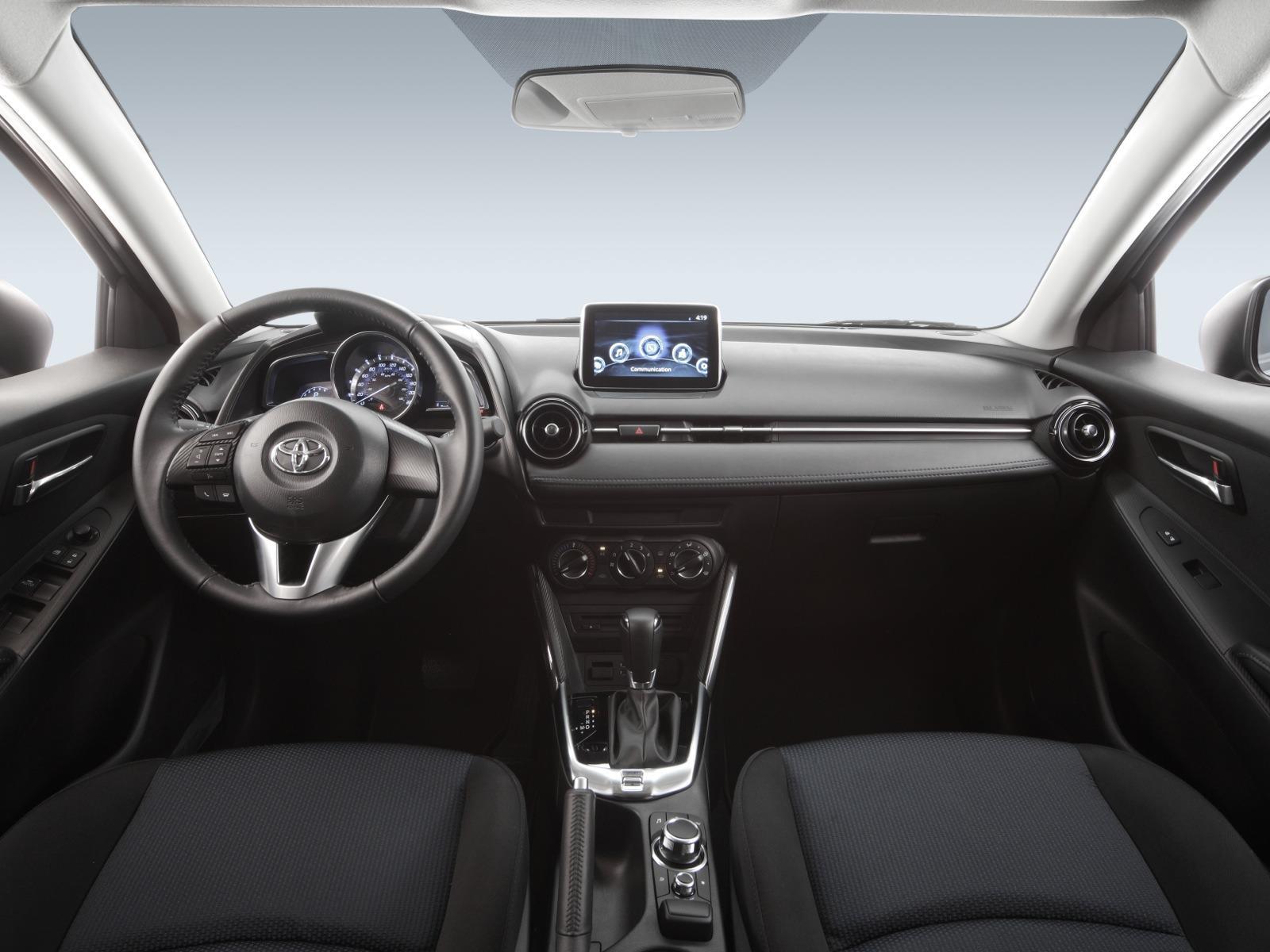 Toyota Yaris R 2016 - Autocosmos.com
