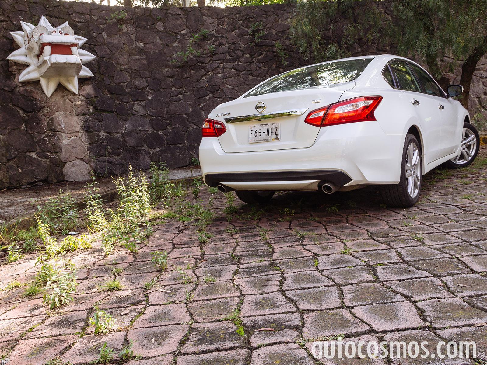 Nissan Altima 2017 a prueba - Autocosmos.com