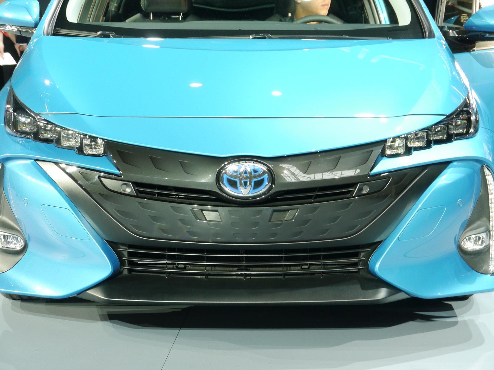 autoshow de nueva york 2016 toyota prius prime 2017 la variante plug in del h brido m s. Black Bedroom Furniture Sets. Home Design Ideas