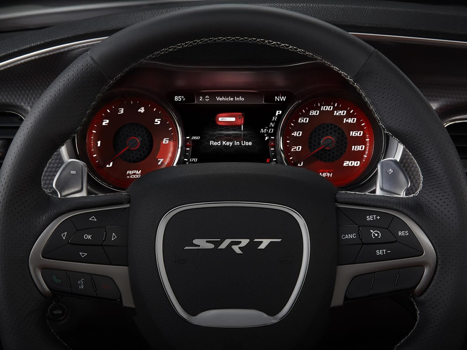 Dodge Charger SRT Hellcat 2015, ¿El sedán más rápido del ...