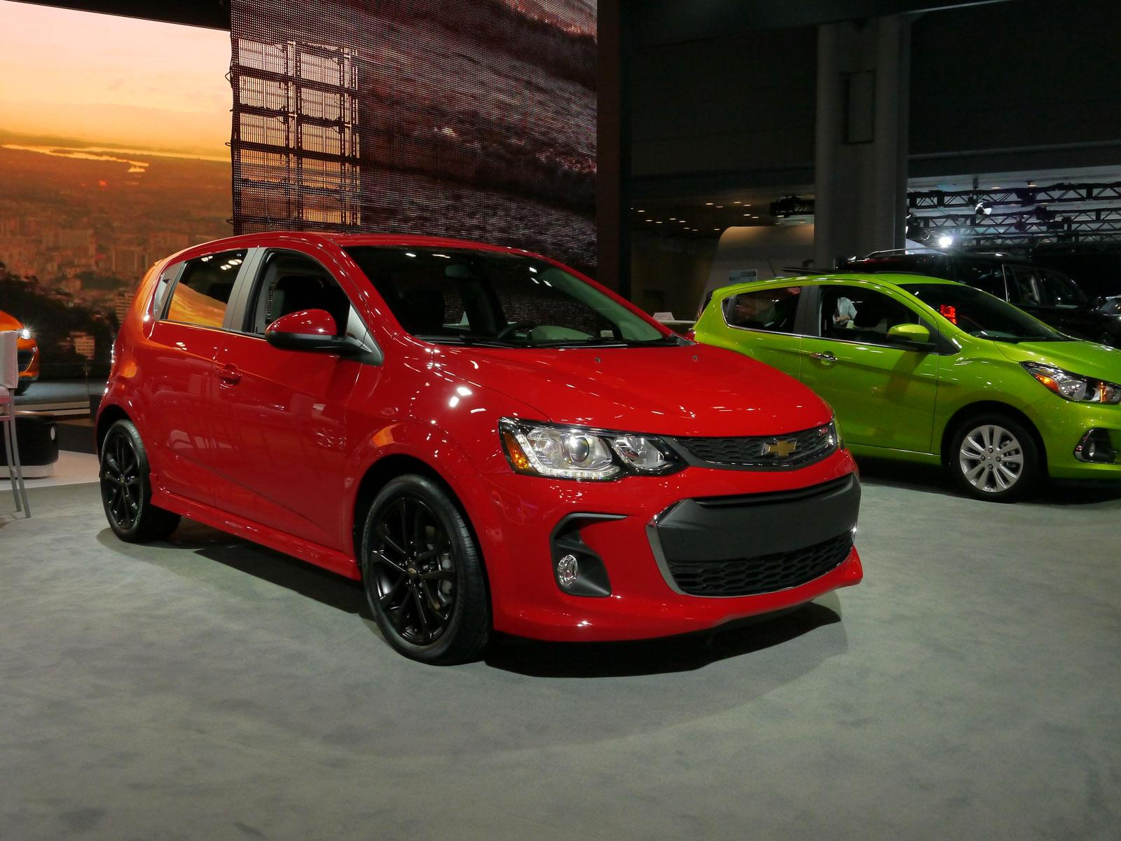 autoshow de nueva york 2016 chevrolet sonic 2017 se actualiza y recibe m s tecnolog a. Black Bedroom Furniture Sets. Home Design Ideas