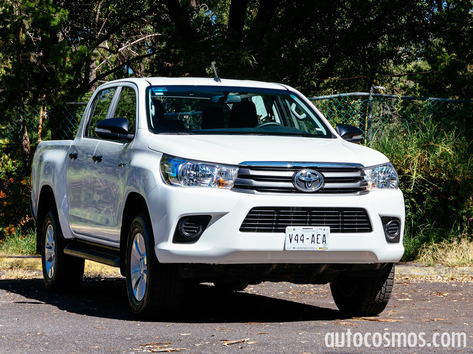 Hilux 2018 Diesel Mexico >> Toyota Hilux 2016 llega a México desde $251,900 pesos - Autocosmos.com