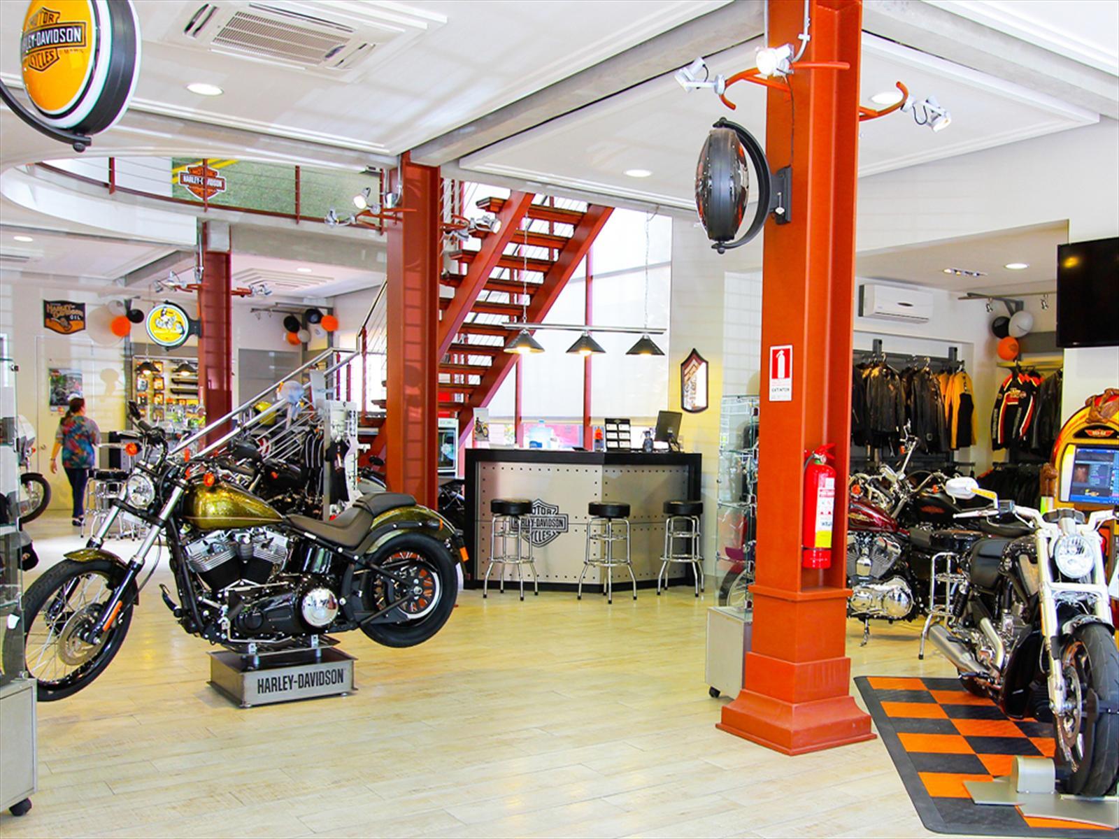 Harley-Davidson inaugura tienda ícono en Santiago - Autocosmos.com
