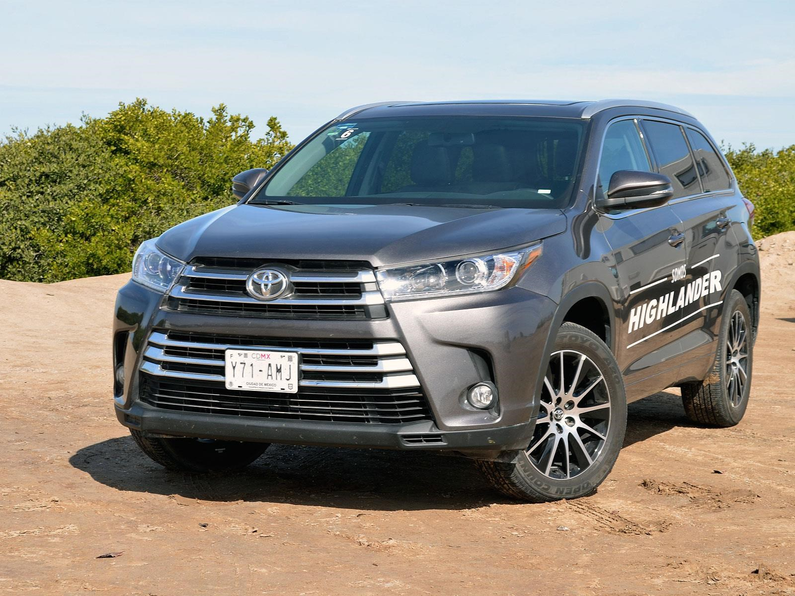 toyota highlander 2017 llega a m xico desde 537 000 pesos. Black Bedroom Furniture Sets. Home Design Ideas