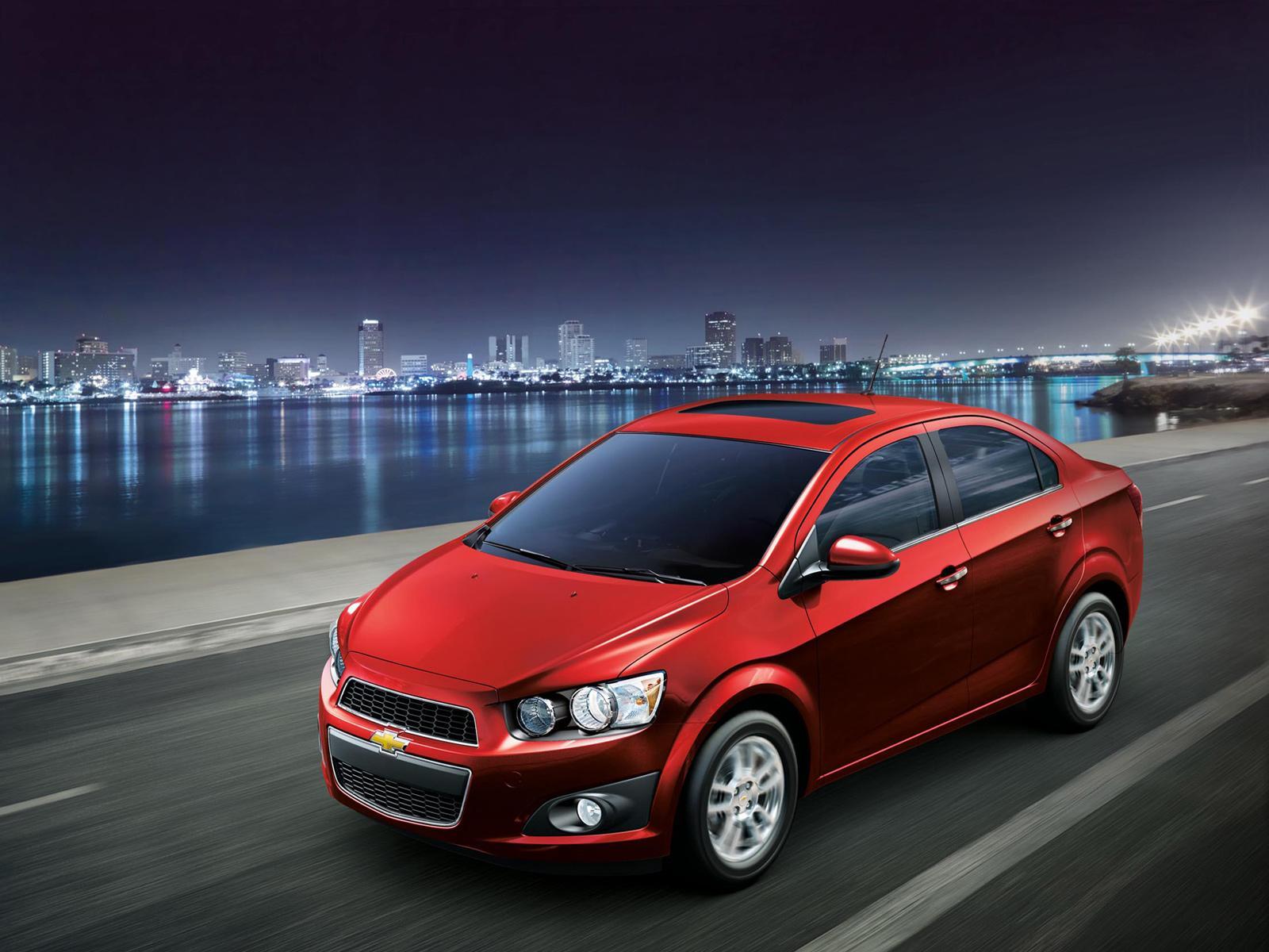 El Chevrolet Sonic 2012 fue presentado en sociedad ...