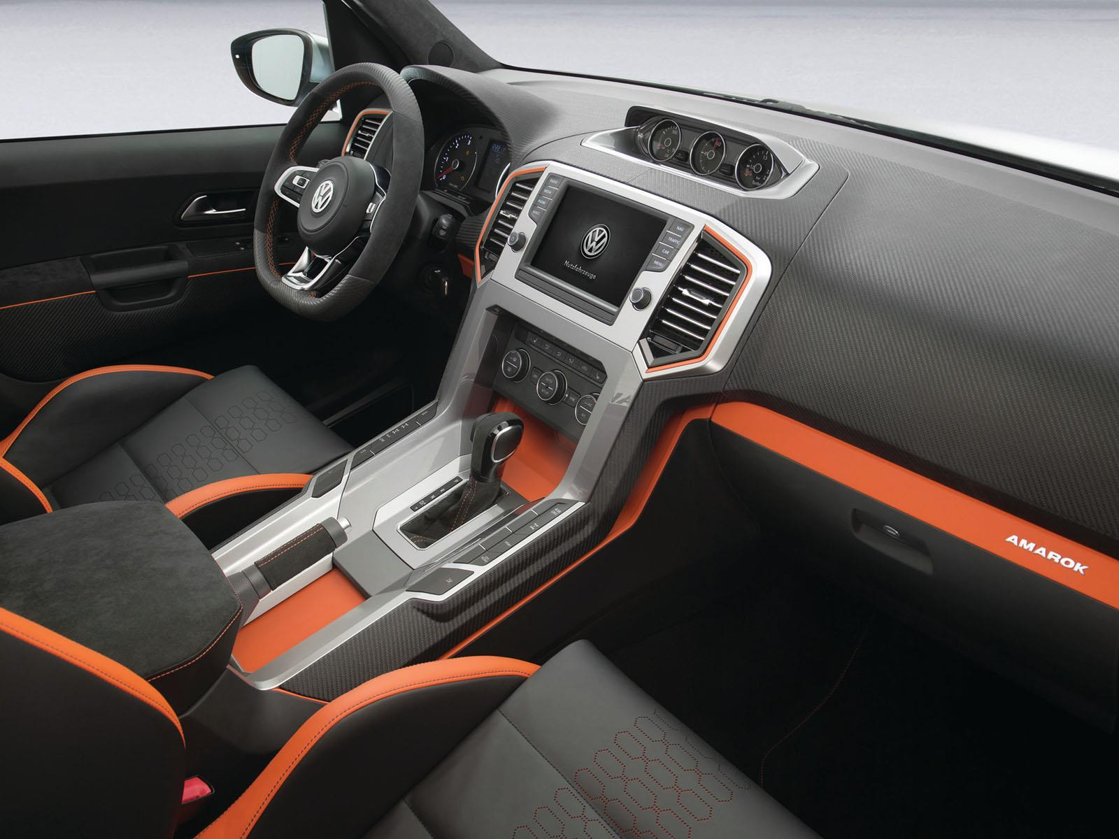 VW Amarok anticipa el nuevo interior para 2015 ...