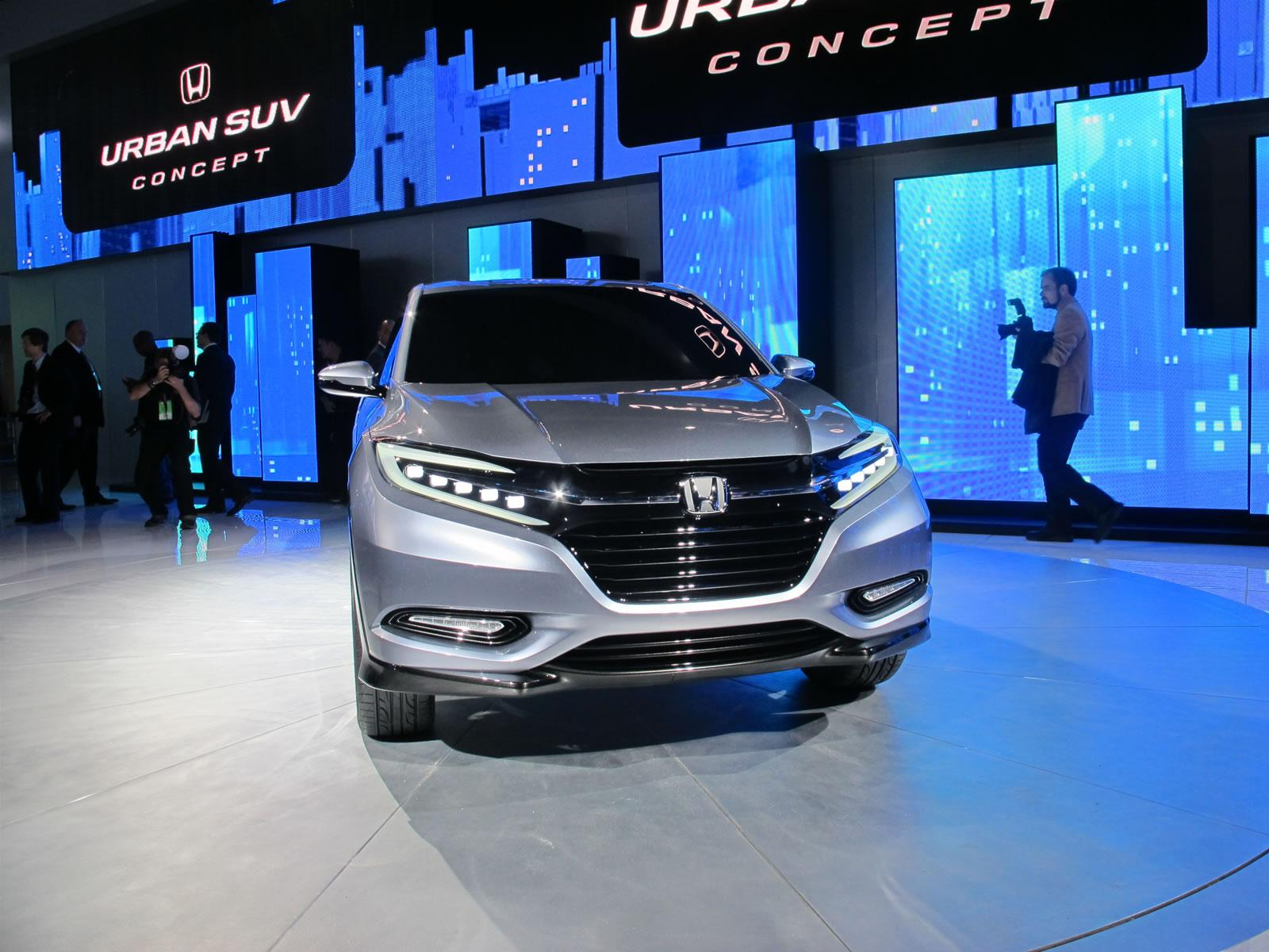 Sal n de detroit 2013 honda urban suv concept para la for 10 best audiobooks of 2013 salon