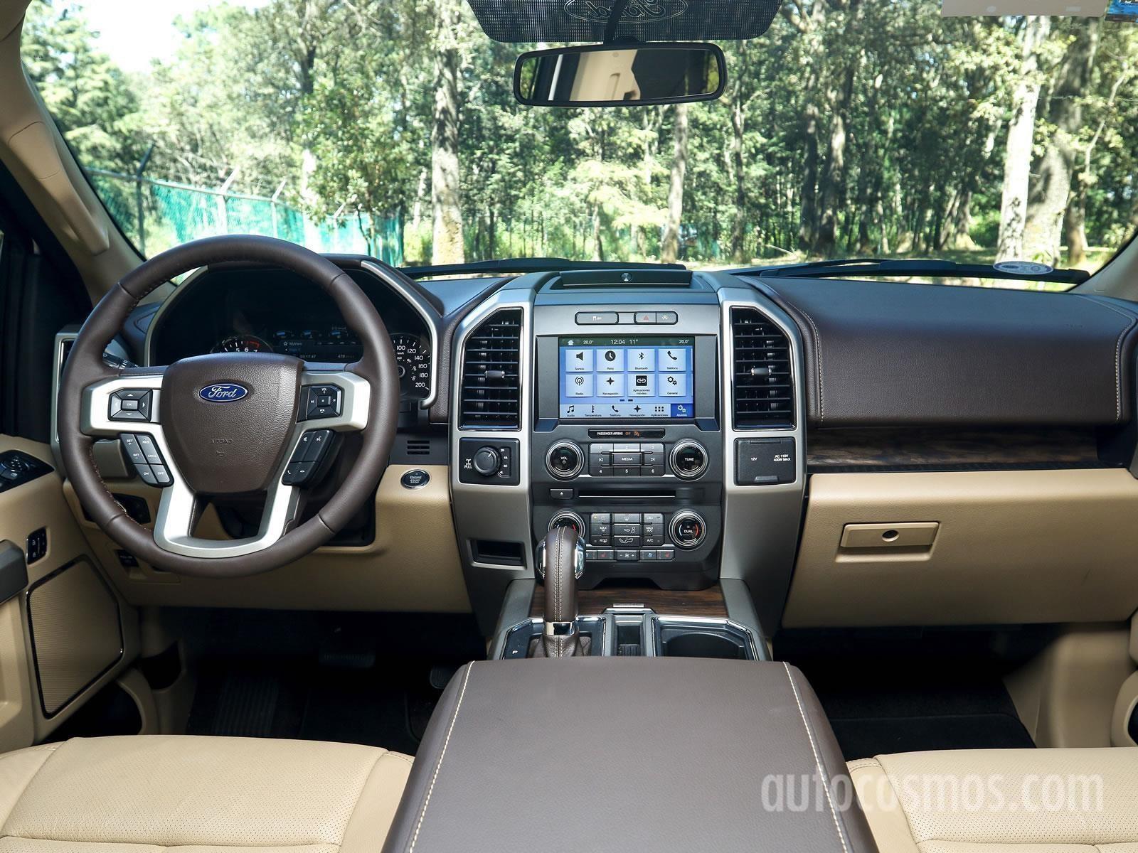 Ford Lobo 2018 a prueba - Autocosmos.com