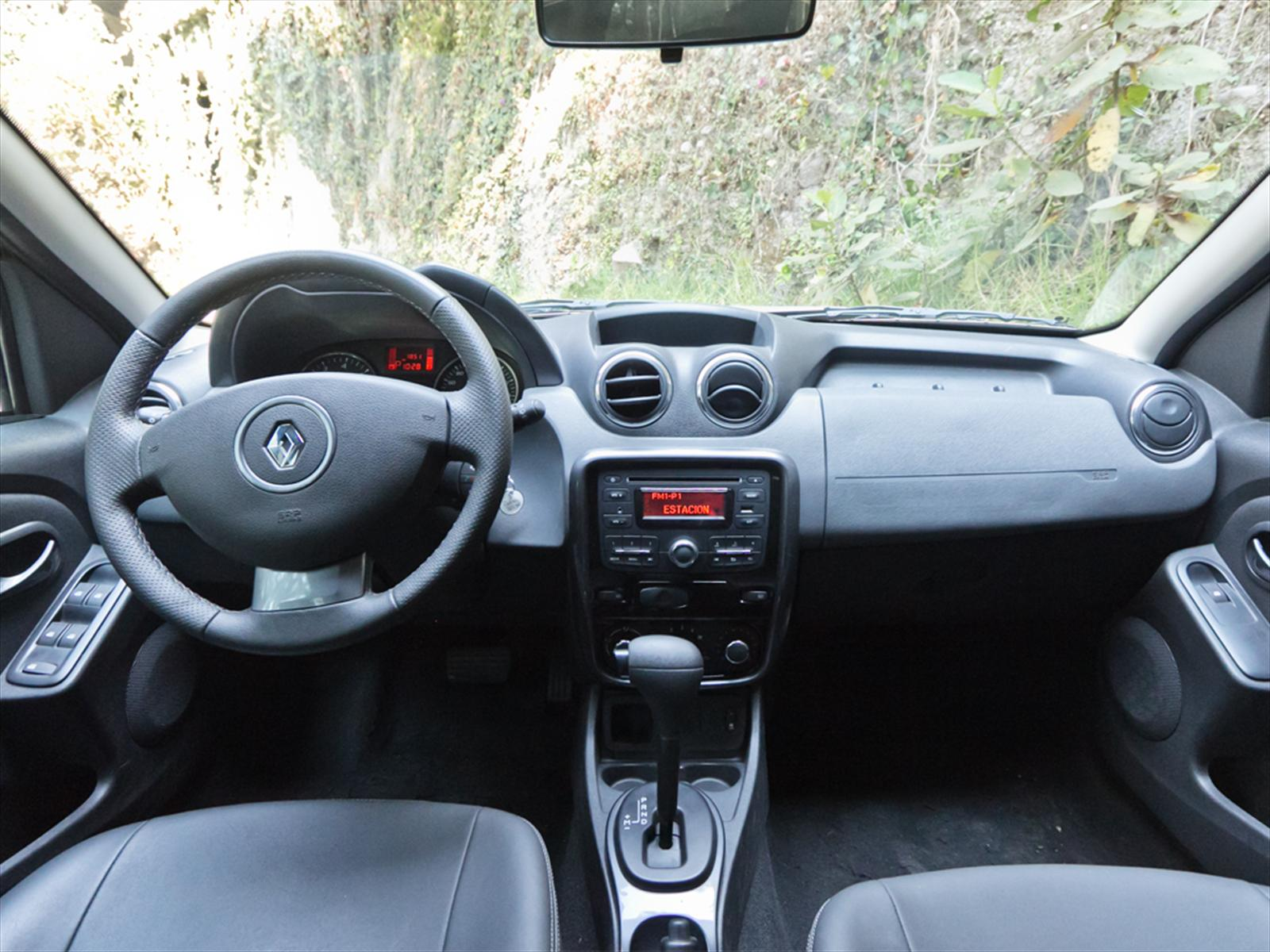 renault duster 2013 interior images galleries with a bite. Black Bedroom Furniture Sets. Home Design Ideas