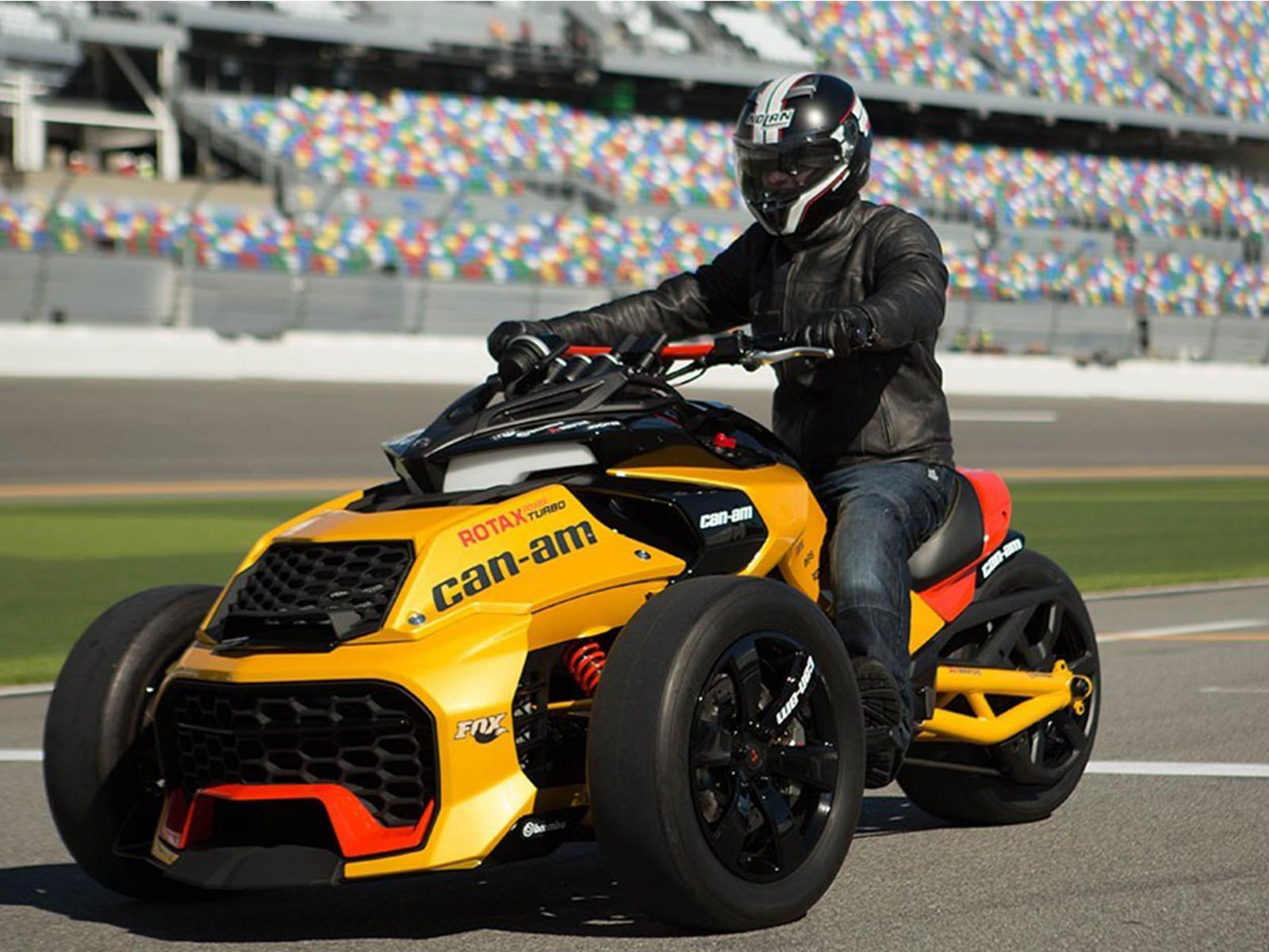 can am spyder f3 estrena motor turbo. Black Bedroom Furniture Sets. Home Design Ideas