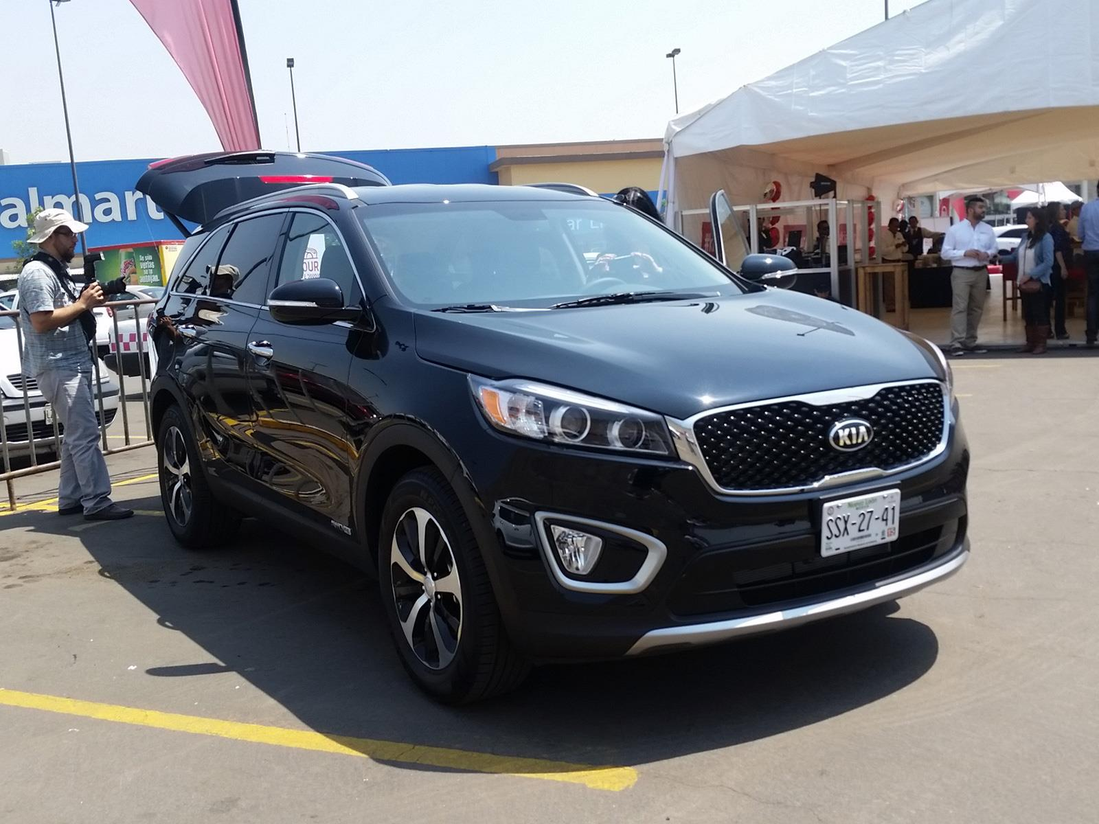 kia sorento 2015 llega a m xico desde 367 300 pesos. Black Bedroom Furniture Sets. Home Design Ideas