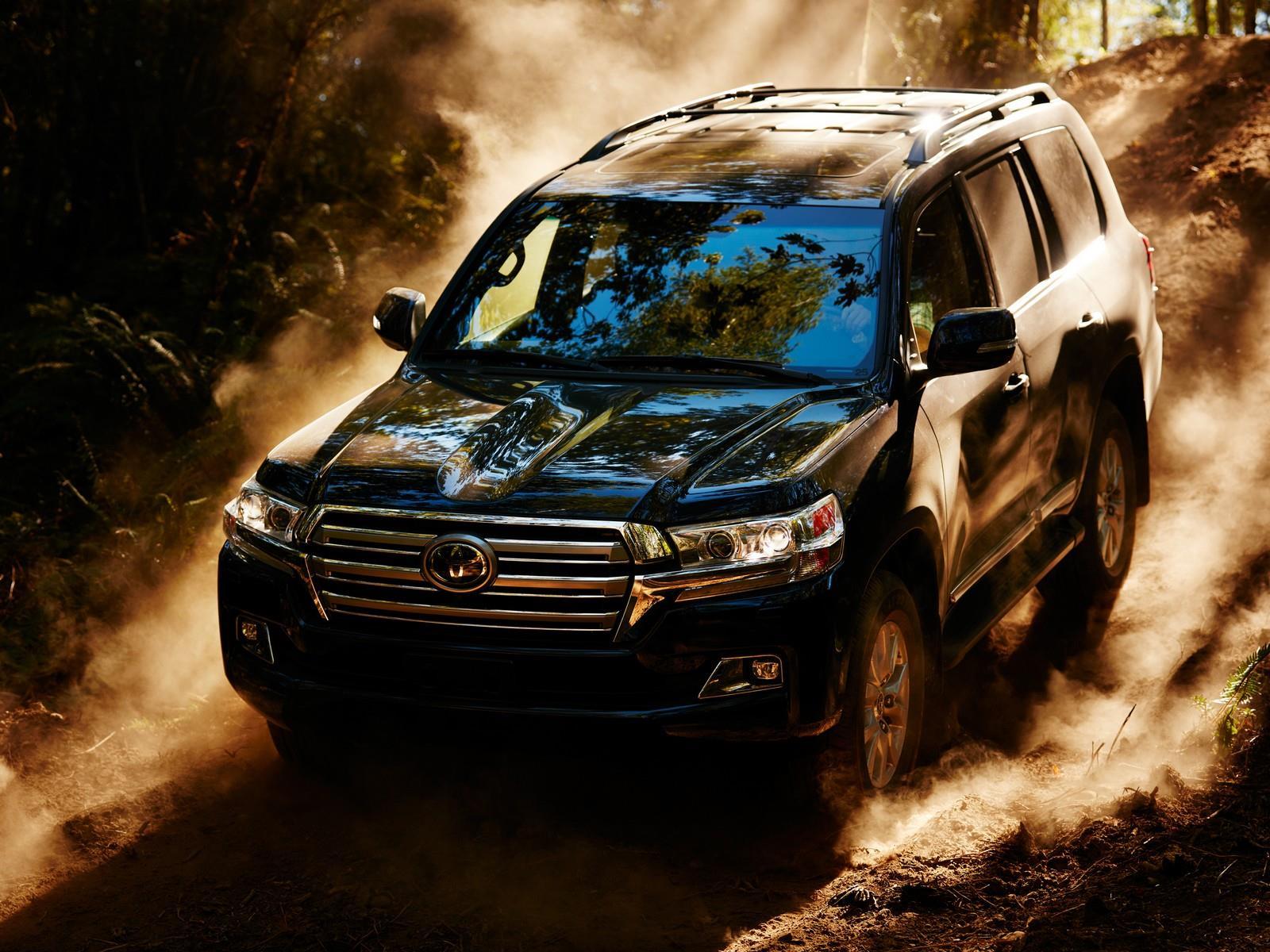 Toyota Land Cruiser 2016, se actualiza el legendario SUV ...