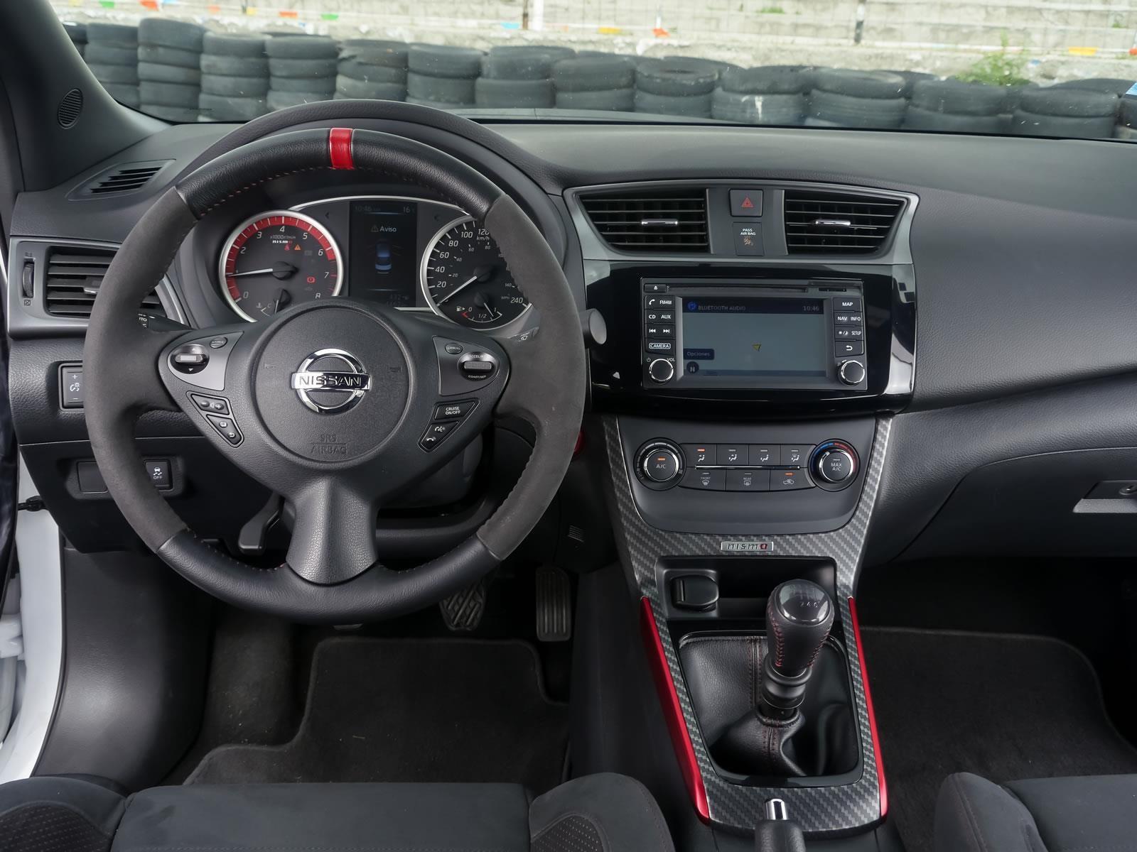 Nissan Sentra NISMO 2018 a prueba - Autocosmos.com