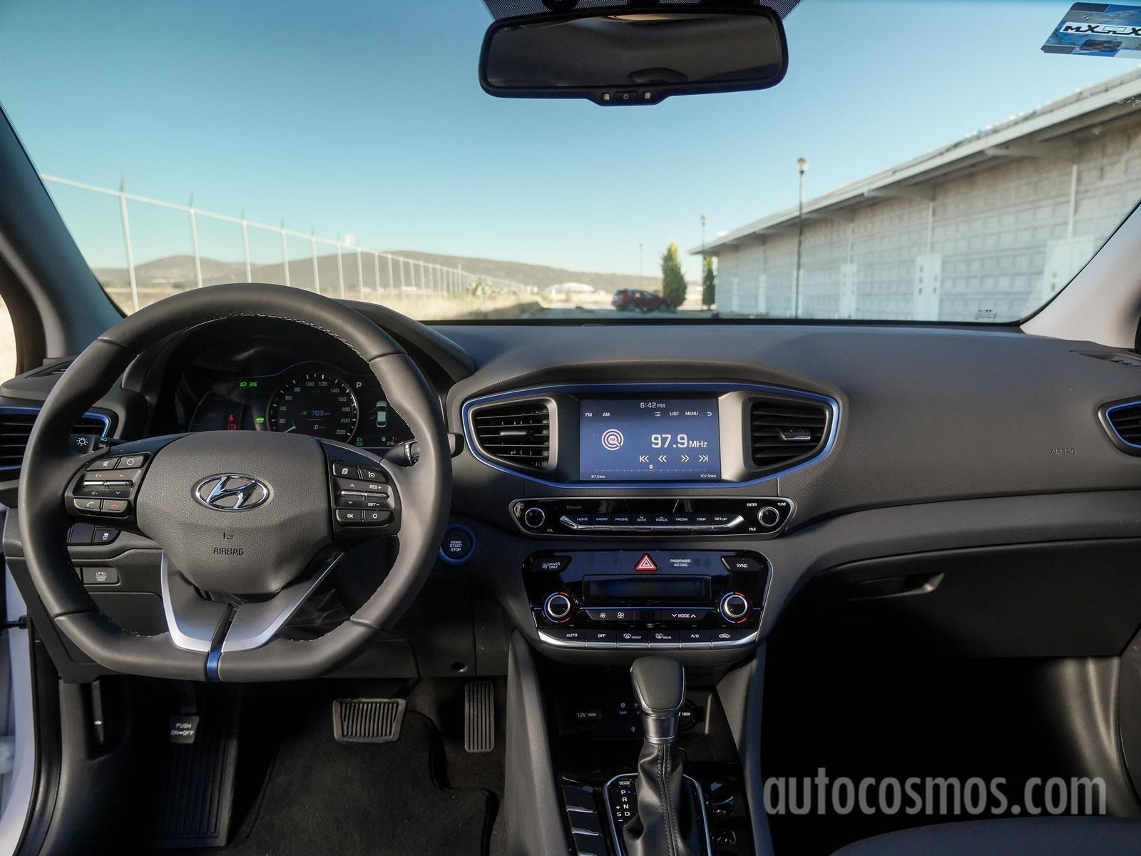 Hyundai Ioniq 2018 llega a México desde $381,900 pesos ...