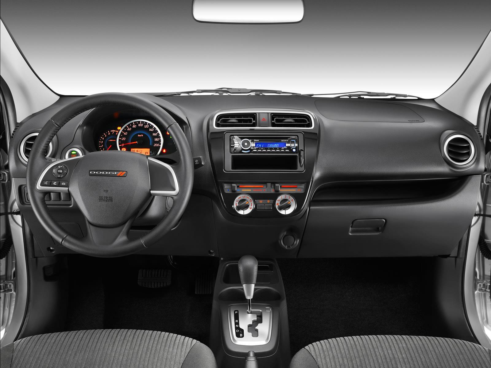Dodge Attitude 2015 A Prueba Autocosmos Com