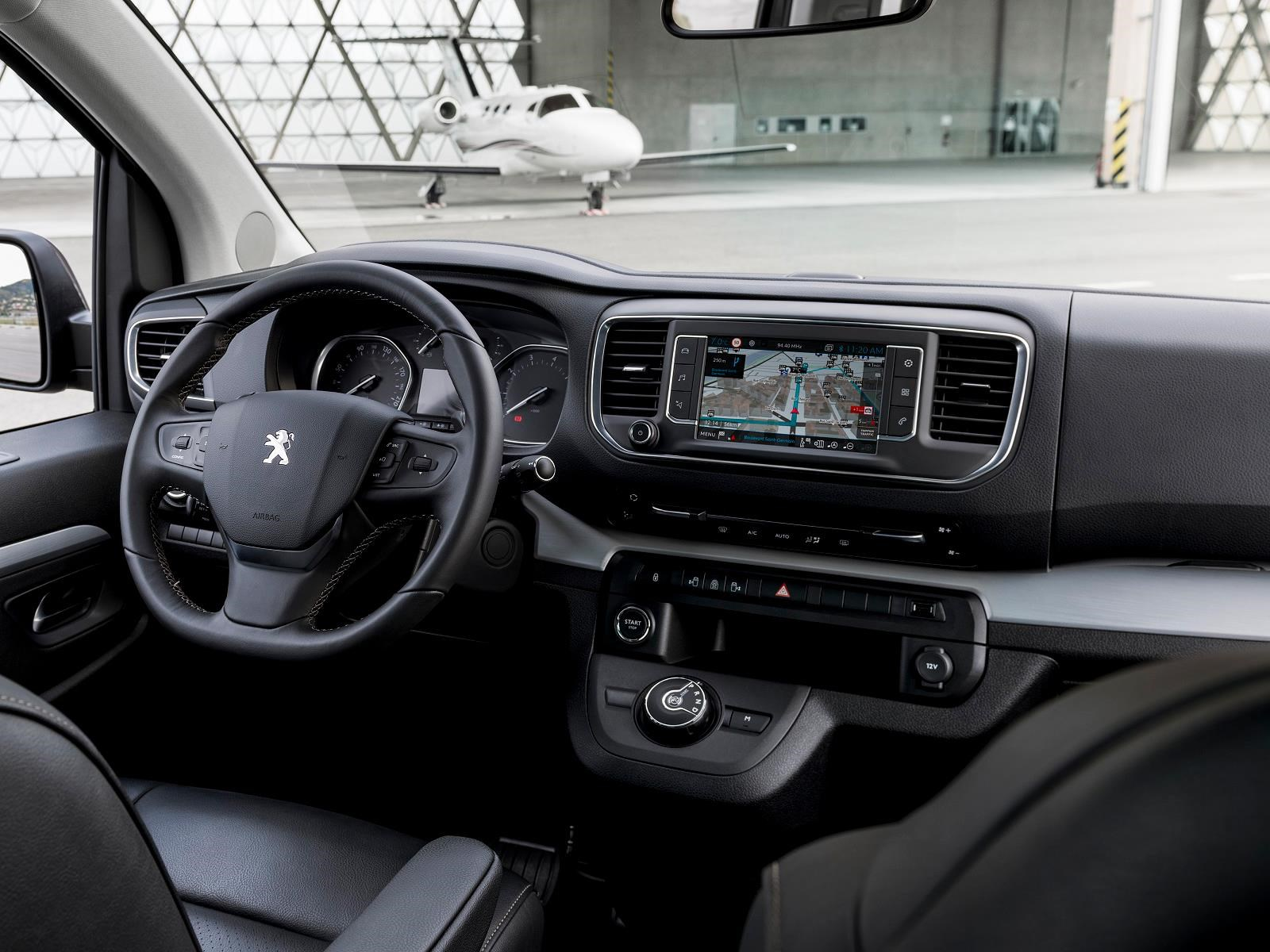 2017 Honda Odyssey >> Peugeot Traveller 2018 debuta - Autocosmos.com