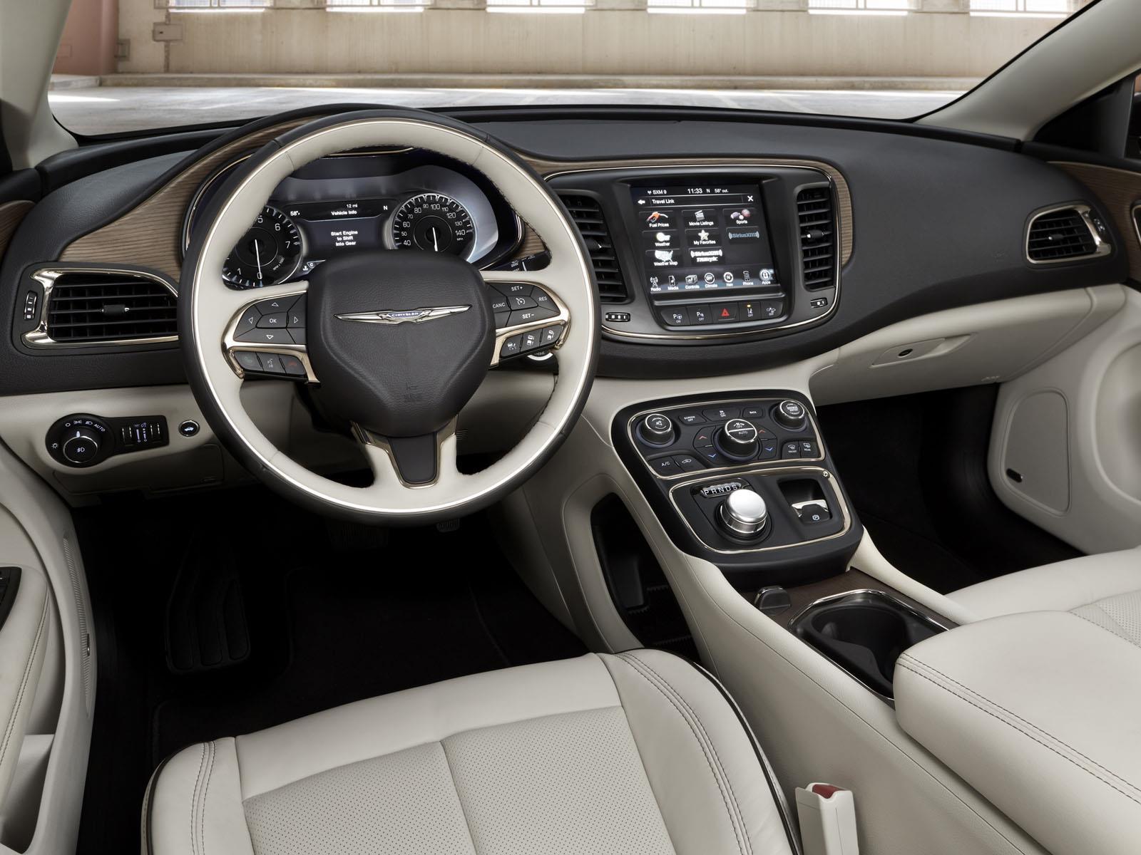 Los 10 autos con mejores interiores de 2014 for Mejor programa diseno interiores