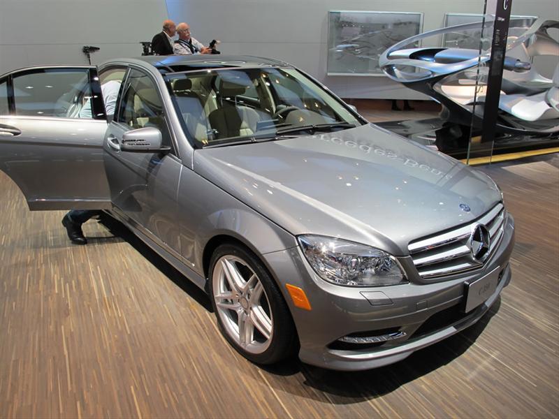 Mercedes Benz Clase C 2012 en Detroit 2011